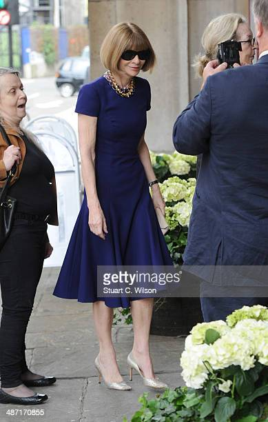 Anna Wintour attends a memorial service for former British Vogue Editor Beatrix Miller at St George's Church on April 28 2014 in London England She...
