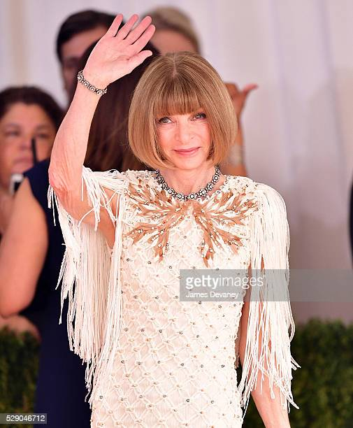 Anna Wintour attends 'Manus x Machina Fashion in an Age of Technology' Costume Institute Gala at Metropolitan Museum of Art on May 2 2016 in New York...