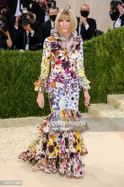 Anna Wintour attends The 2021 Met Gala Celebrating In America: A Lexicon Of Fashion at Metropolitan Museum of Art on September 13, 2021 in New York...