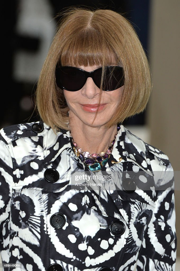 Anna Wintour attends the Burberry Prorsum show during London Fashion Week Spring/Summer 2016/17 on September 21, 2015 in London, England.