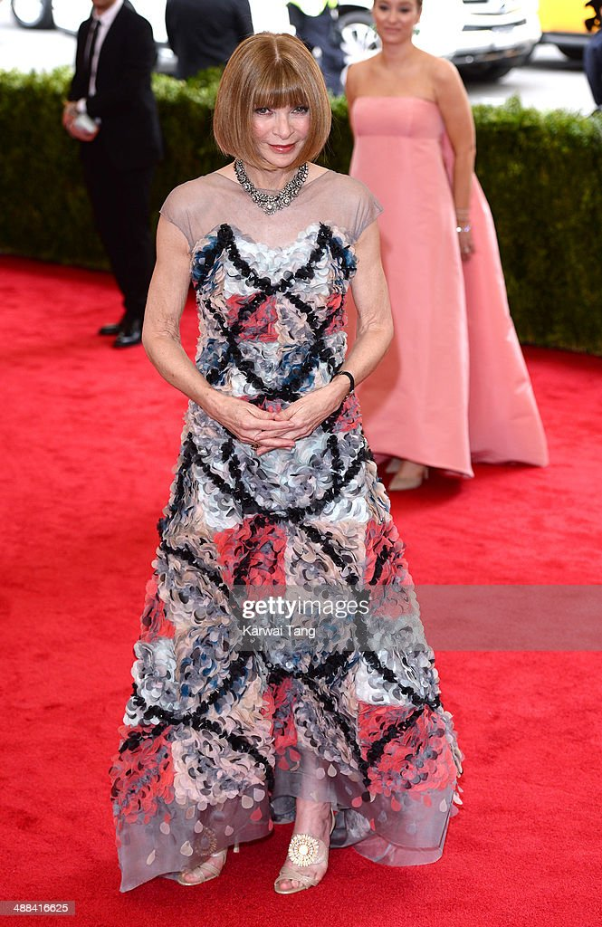 Anna Wintour attends the 'Charles James: Beyond Fashion' Costume Institute Gala held at the Metropolitan Museum of Art on May 5, 2014 in New York City.