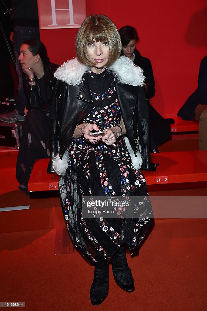 Anna Wintour attends the Versace show during the Milan Fashion Week Autumn/Winter 2015 on February 27, 2015 in Milan, Italy.
