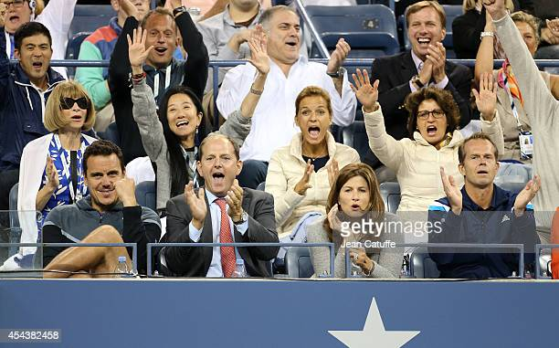 Anna Wintour designer Vera Wang Federer agent Tony Godsick Federer wife Mirka Federer Federer mother Lynette Federer Federer coach Stefan Edberg...