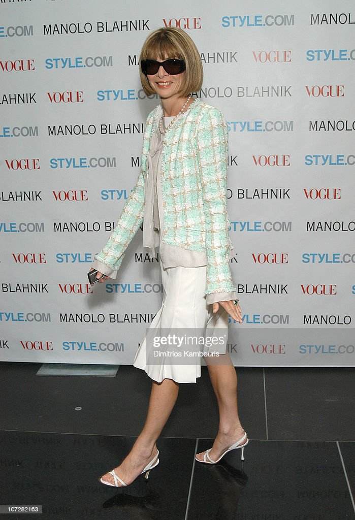 Launch Party For Manolo Blahnik Exhibition Hosted by Anna Wintour and Candy Pratts Price Presented by Style.com : News Photo