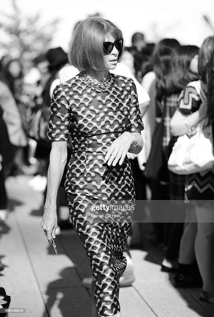 Anna Wintour is seen outside the Coach show during New York Fashion Week 2016 on September 15, 2015 in New York City.