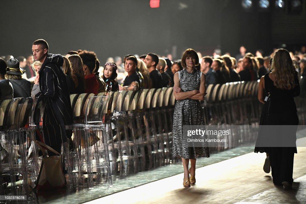 Marc Jacobs Spring 2019 Runway - Front Row : Nachrichtenfoto