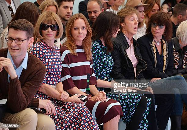 Anna Wintour Stella McCartney Nancy Shevell Sir Paul McCartney and Chrissie Hynde attend the Hunter Original SS 2015 catwalk show at on September 13...