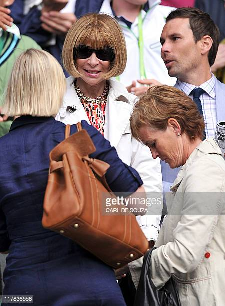 Anna Wintour US Vogue editor in chief talks to Judy Murray mother of British player Andy Murray after the semi final bewteen Russian player Maria...