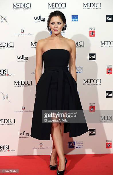 Annabel Scholey walks a red carpet for 'I Medici' at Palazzo Vecchio on October 14 2016 in Florence Italy