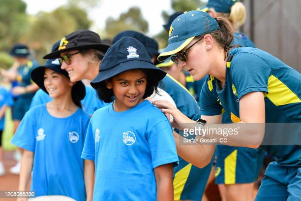 Annabel Sutherland of Australia signs autographs during the ICC Women's T20 Cricket World Cup Cricket 4 Good Clinic at the Murdoch Uni Playing Fields...