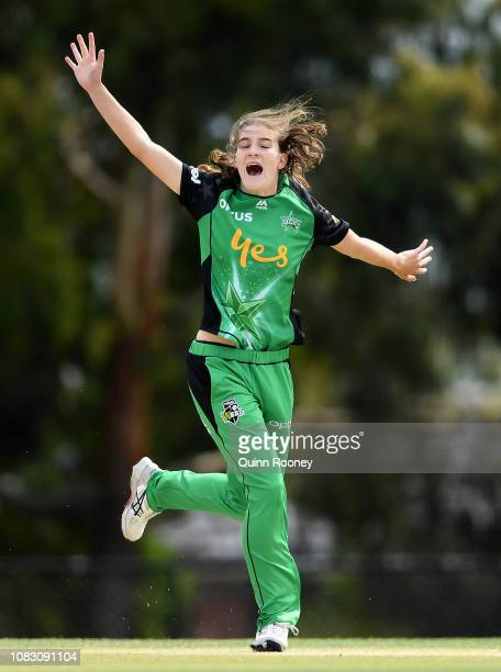 Annabel Sutherland of the Stars appeals for a wicket during the Women's Big Bash League match between the Melbourne Stars and the Perth Scorchers at...