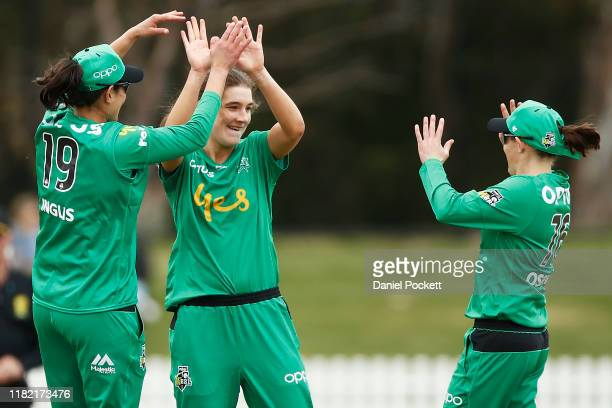 Annabel Sutherland of the Stars celebrates after dismissing Stefanie Daffara of the Hurricanes during the Women's Big Bash League match between the...