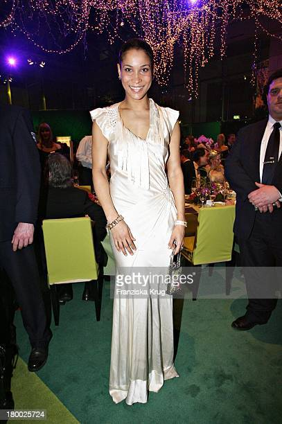 Annabelle Mandeng Bei Der 42 Verleihung Der Goldenen Kamera In Berlin