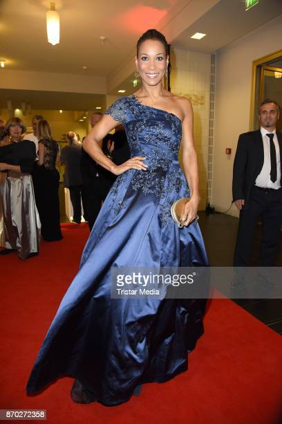 Annabelle Mandeng in a dress of Guido Maria Kretschmer attends the Leipzig Opera Ball on November 4 2017 in Leipzig Germany