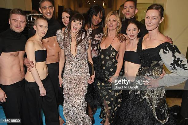 Annabelle Neilson Naomi Campbell and Kate Moss pose with dancers from the Michael Clarke dance troupe backstage at the Alexander McQueen Savage...