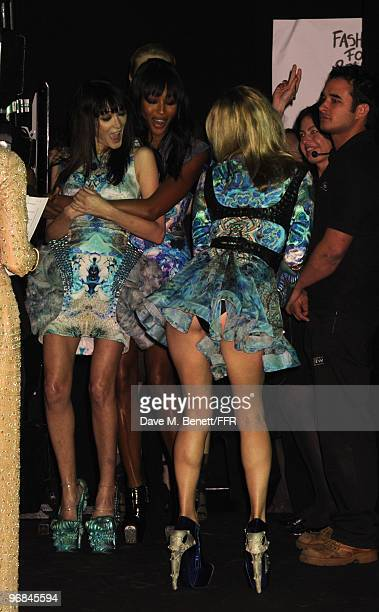 Annabelle Neilson Naomi Campbell and Kate Moss wait backstage during Naomi Campbell's Fashion For Relief Haiti London 2010 Fashion Show at Somerset...