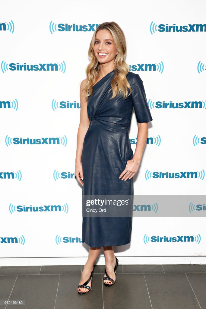 SiriusXM's Town Hall With The Cast Of 'Tag' Hosted By SiriusXM Host Michelle Collins : News Photo