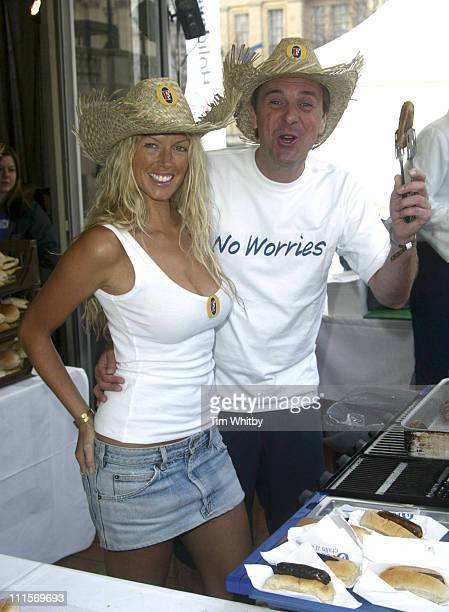 Annalise Braakensiek and Phil Tuffnel during Australia Day at Trafalgar Square January 26 2005 at Trafalgar Square in London England Great Britain