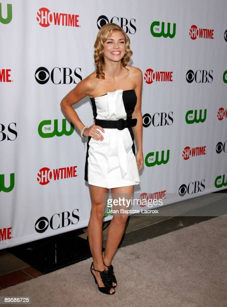 Annalynne McCord arrives at the 2009 TCA Summer Tour CBS CW and Showtime AllStar Party at the Huntington Library on August 3 2009 in Pasadena...