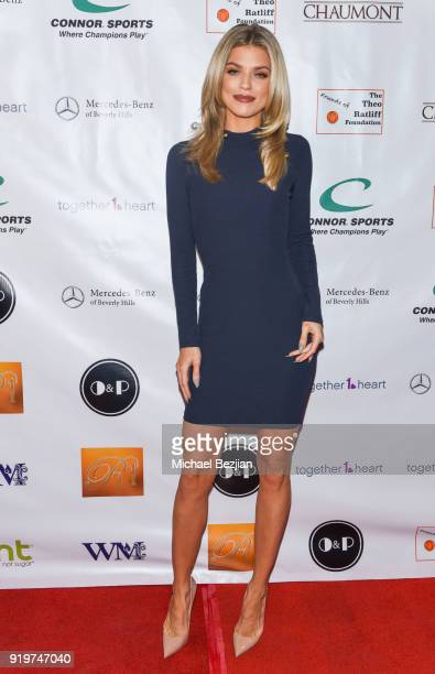 Annalynne McCord attends '90 Minutes of Solutions' Presented by Seanne N Murray Enterprises at Mercedes Benz of Beverly Hills on February 17 2018 in...