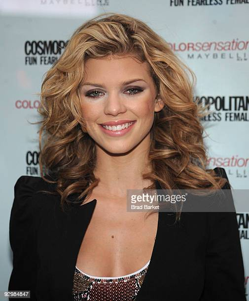 AnnaLynne McCord collects Kisses for the Troops at Military Island Times Square on November 11 2009 in New York City