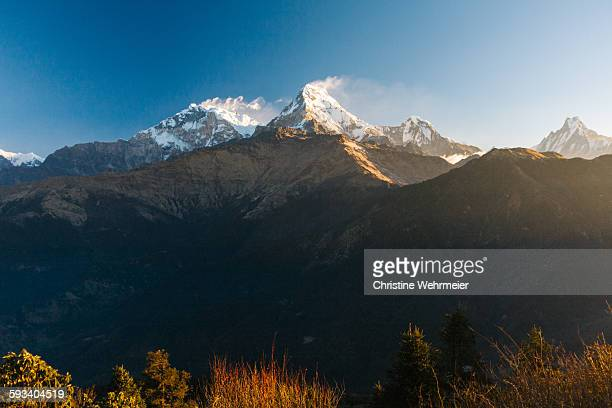 annapurna mountains, himalayas, nepal - christine wehrmeier stock pictures, royalty-free photos & images