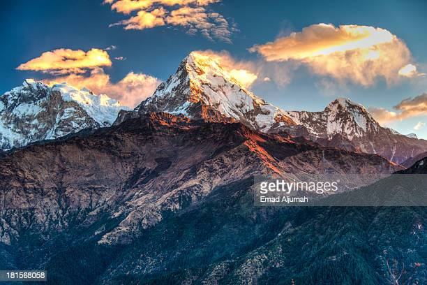 annapurna mountains range of the himalayas - annapurna conservation area stock photos and pictures