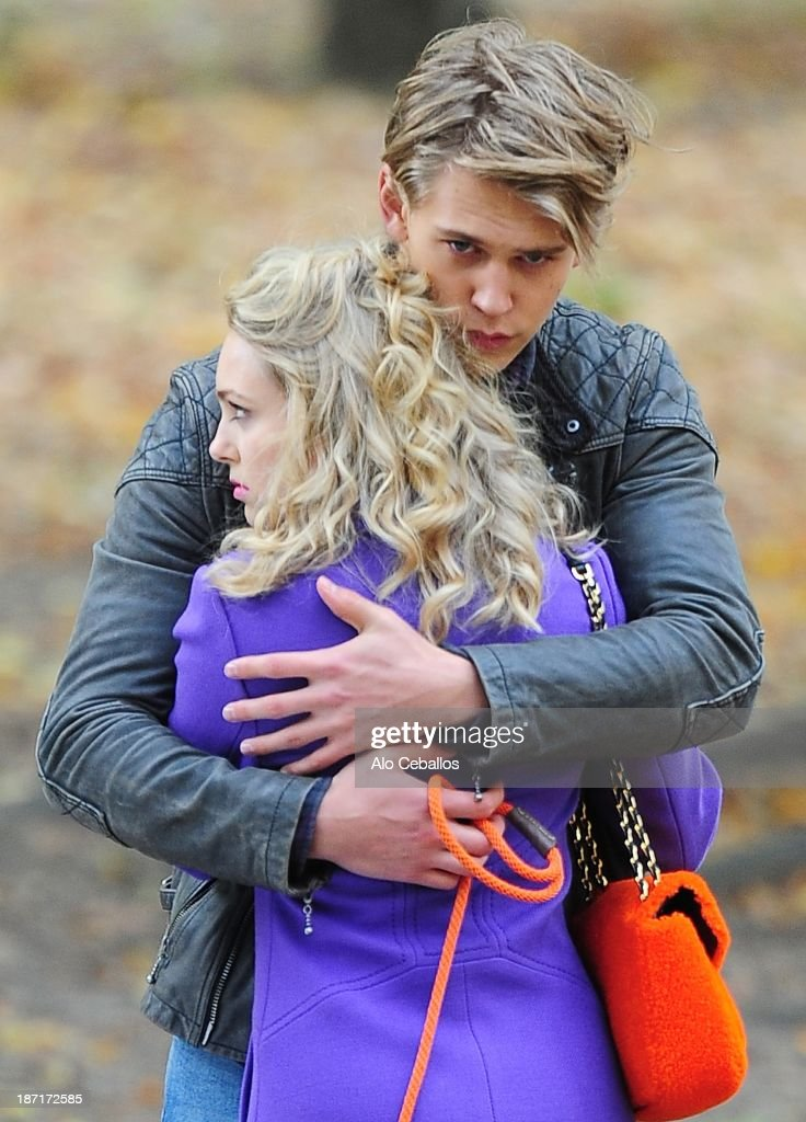 AnnaSophia Robb and Austin Butler are seen on the set of 'The Carrie Diaries' in Central Park on November 6, 2013 in New York City.