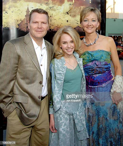 AnnaSophia Robb and parents during 'The Reaping' Los Angeles Premiere Arrivals at Mann Village Theater in Westwood California United States