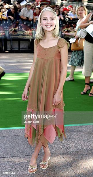 Annasophia Robb Attends The 'Charlie And The Chocolate Factory' Uk Film Premiere In London