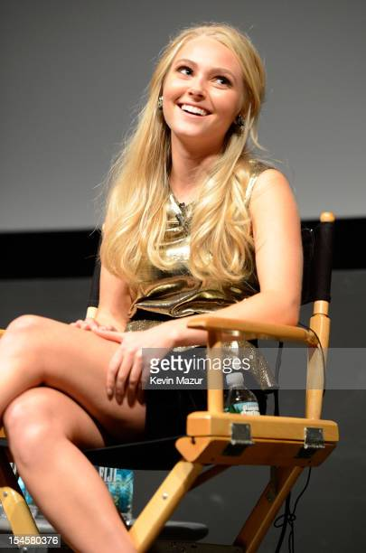 AnnaSophia Robb attends the world premiere of The Carrie Diaries at the New York Television Festival at SVA Theater on October 22 2012 in New York...