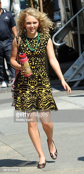 AnnaSophia Robb on the set of 'Carrie Diaries' on September 20 2013 in New York City