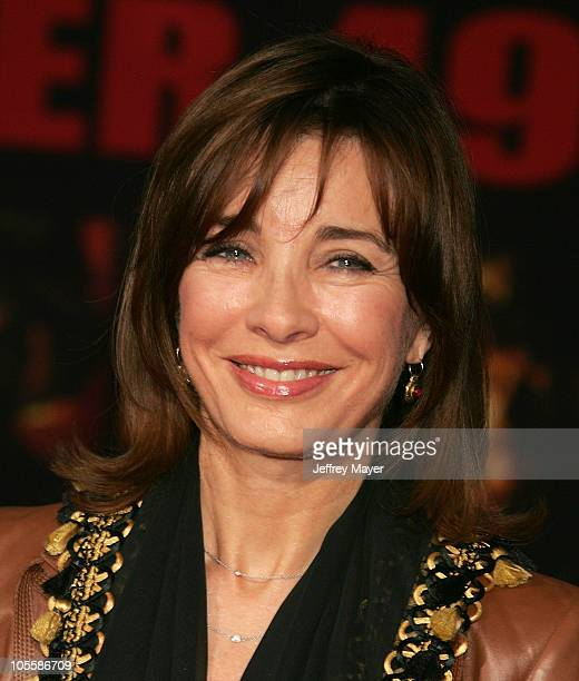 Anne Archer during 'Ladder 49' World Premiere Arrivals at El Capitan Theatre in Hollywood California United States