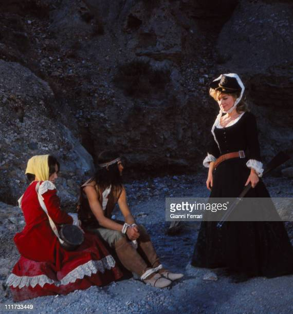 Anne Baxter during the filming of the movie 'Las siete magnificas' directed by Gianfranco Parolini Almeria Spain