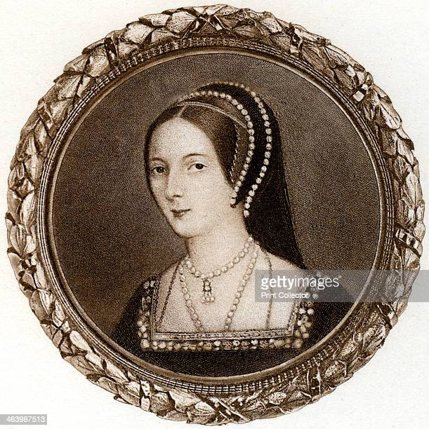 Anne Boleyn 1530s Anne Boleyn married Henry VIII in 1533 She provided Henry with a daughter the future Elizabeth I but not the male heir he desired...