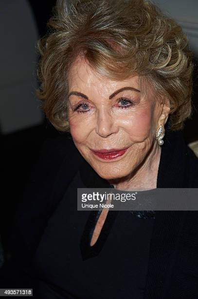 Anne Douglas wife of actor Kirk Douglas attends the Los Angeles Mission Gala Honors Sandy Segerstrom Daniels at Four Seasons Hotel Los Angeles at...