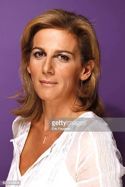 Anne Fulda on the set of TV show 'Vous Aurez le Dernier Mot'