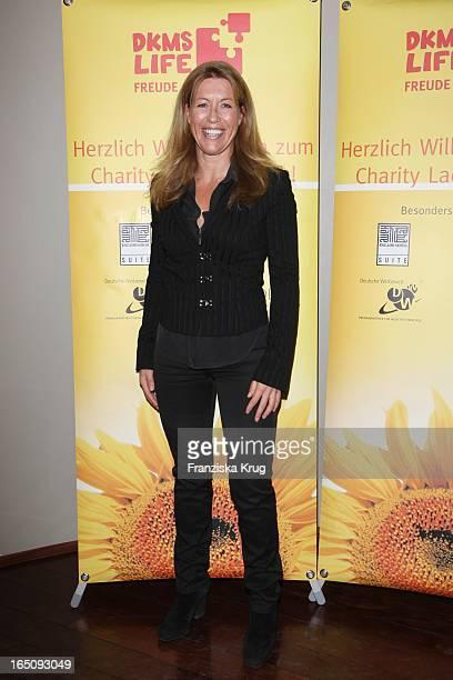 Anne Gesthuysen Beim Dkms Charity Ladies Lunch In Köln .