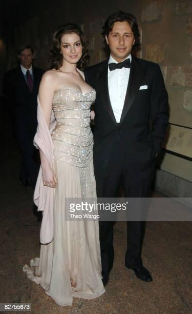 Anne Hathaway and Raffaello Follieri