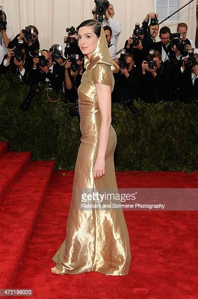 Anne Hathaway arrives at 'China Through The Looking Glass' Costume Institute Benefit Gala at the Metropolitan Museum of Art on May 4 2015 in New York...