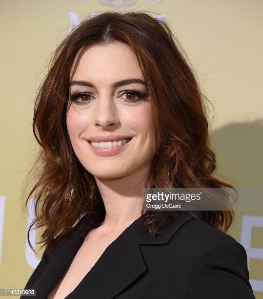 """Anne Hathaway arrives at the Premiere Of MGM's """"The Hustle"""" at ArcLight Cinerama Dome on May 8, 2019 in Hollywood, California."""
