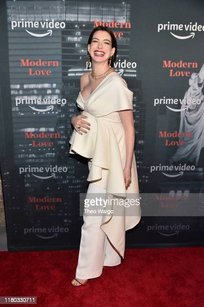 Anne Hathaway attends Amazon's Museum Of Modern Love on October 10, 2019 in New York City.
