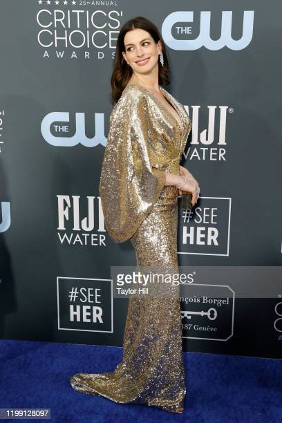 Anne Hathaway attends the 25th Annual Critics' Choice Awards at Barker Hangar on January 12 2020 in Santa Monica California