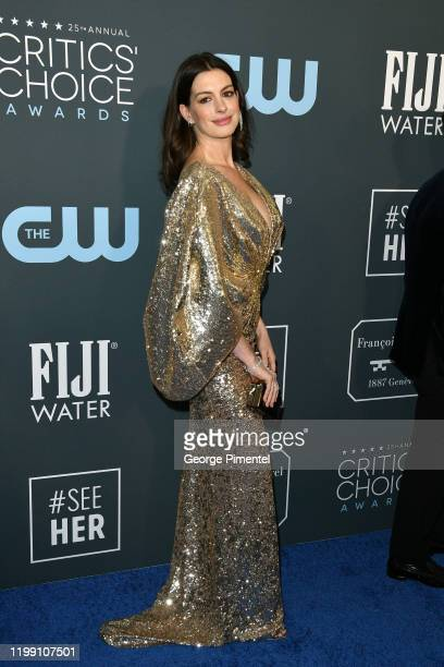 Anne Hathaway attends the 25th Annual Critics' Choice Awards held at Barker Hangar on January 12 2020 in Santa Monica California