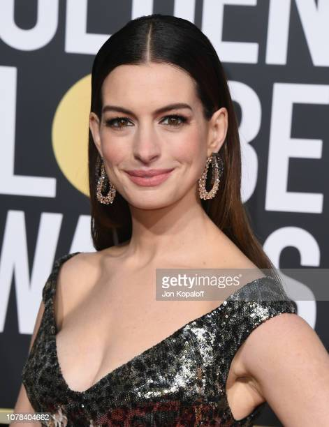 Anne Hathaway attends the 76th Annual Golden Globe Awards at The Beverly Hilton Hotel on January 6, 2019 in Beverly Hills, California.