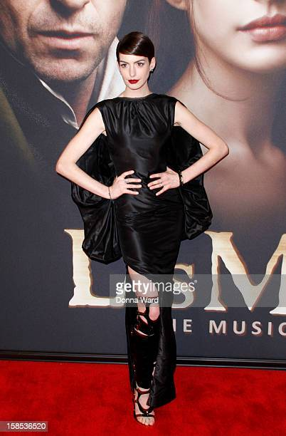 Anne Hathaway attends the world premiere of 'Les Miserables' at Ziegfeld Theatre on December 10 2012 in New York City