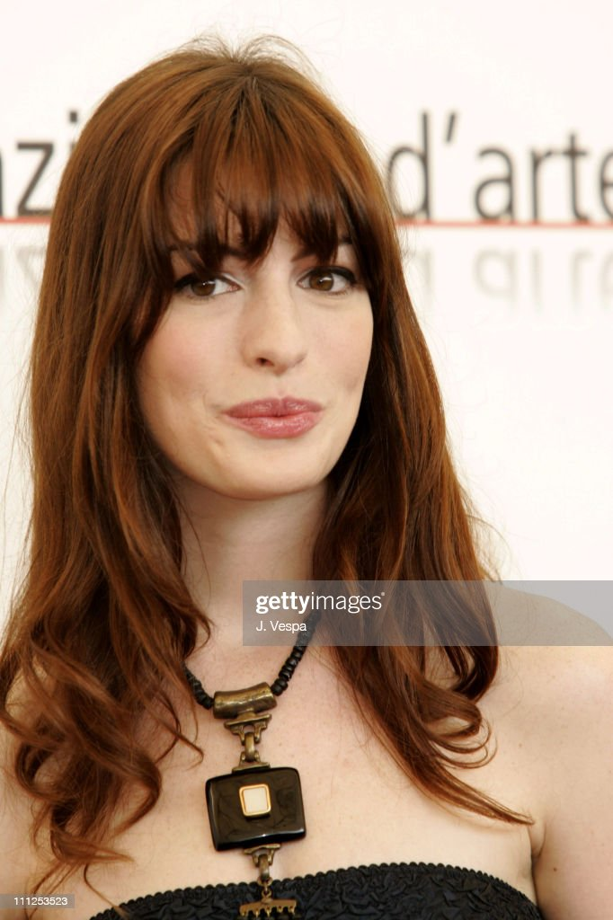 Anne Hathaway during 2005 Venice Film Festival - 'Brokeback Mountain' Photocall at Casino Palace in Venice Lido, Italy.