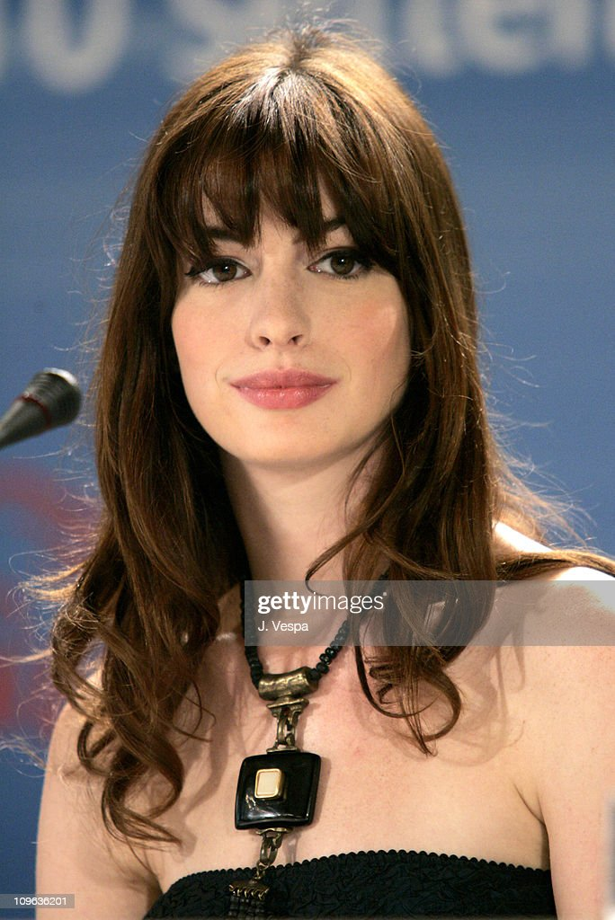 Anne Hathaway during 2005 Venice Film Festival - 'Brokeback Mountain' Press Conference at Casino Palace in Venice Lido, Italy.