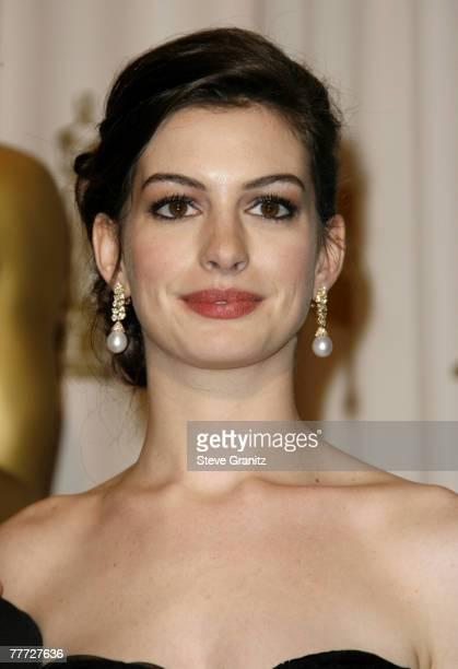 Anne Hathaway, presenter Best Costume Design