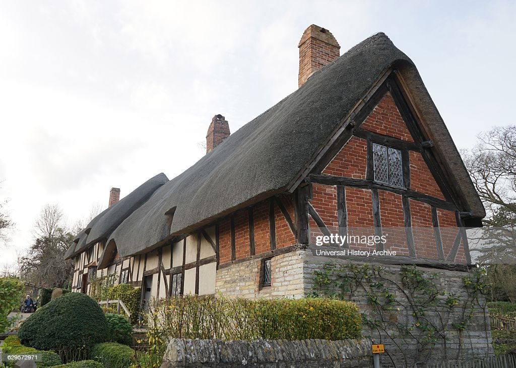 Cottage, where Anne Hathaway, the wife of William Shakespeare, lived : News Photo